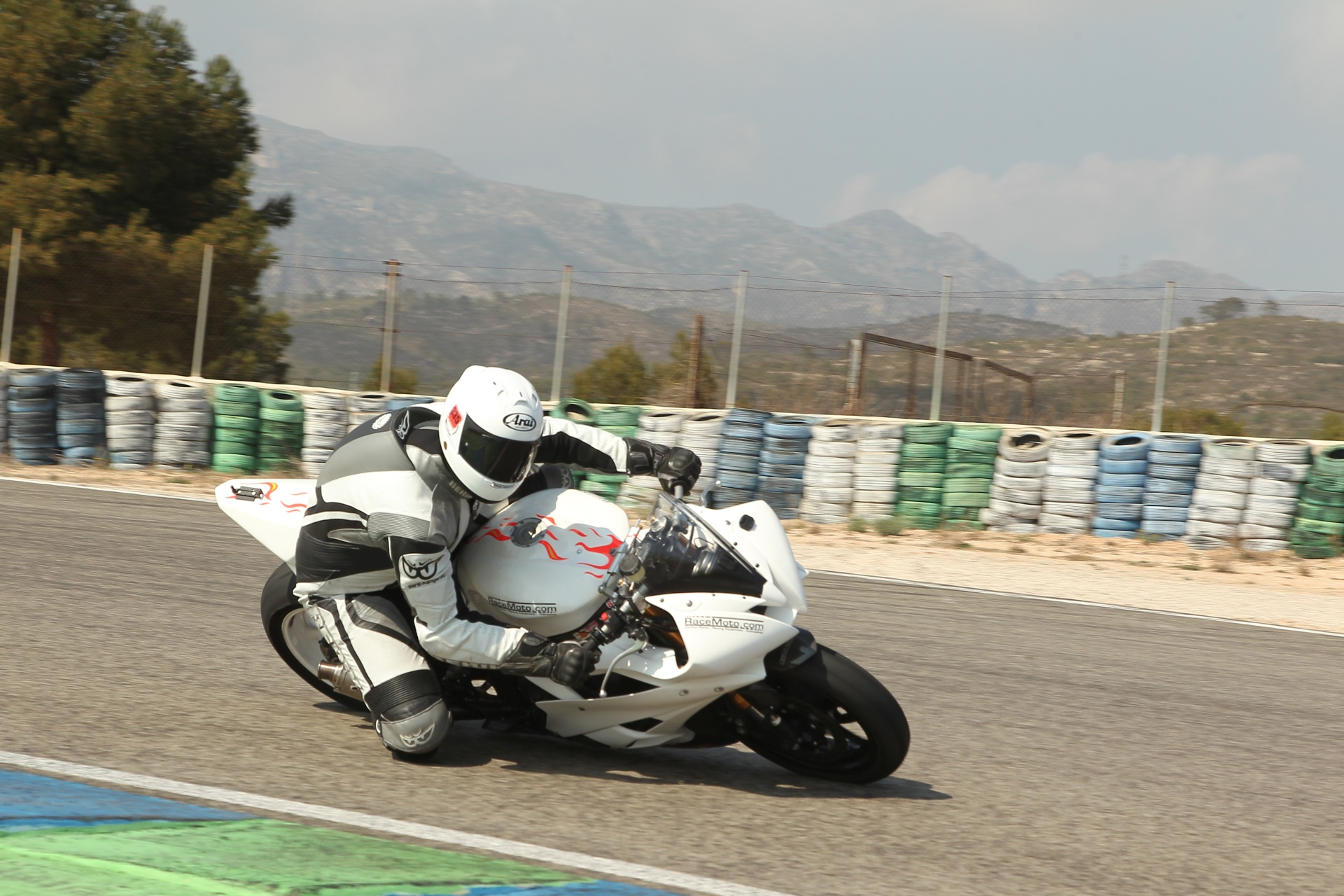 calafat_2012_racemoto_copyright_pixelrace_02
