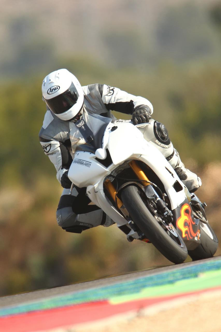 calafat_2012_racemoto_copyright_pixelrace_05