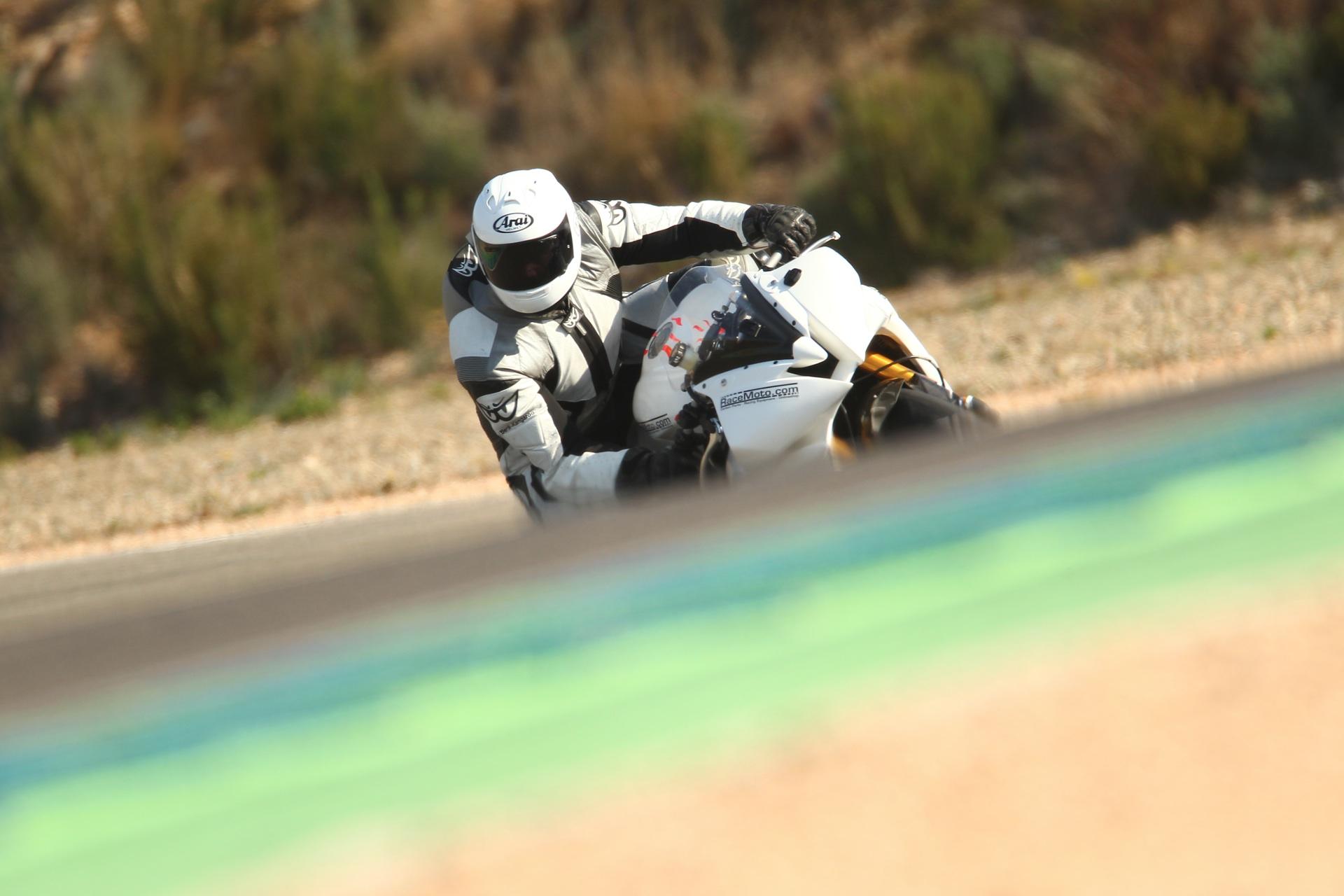 calafat_2012_racemoto_copyright_pixelrace_07