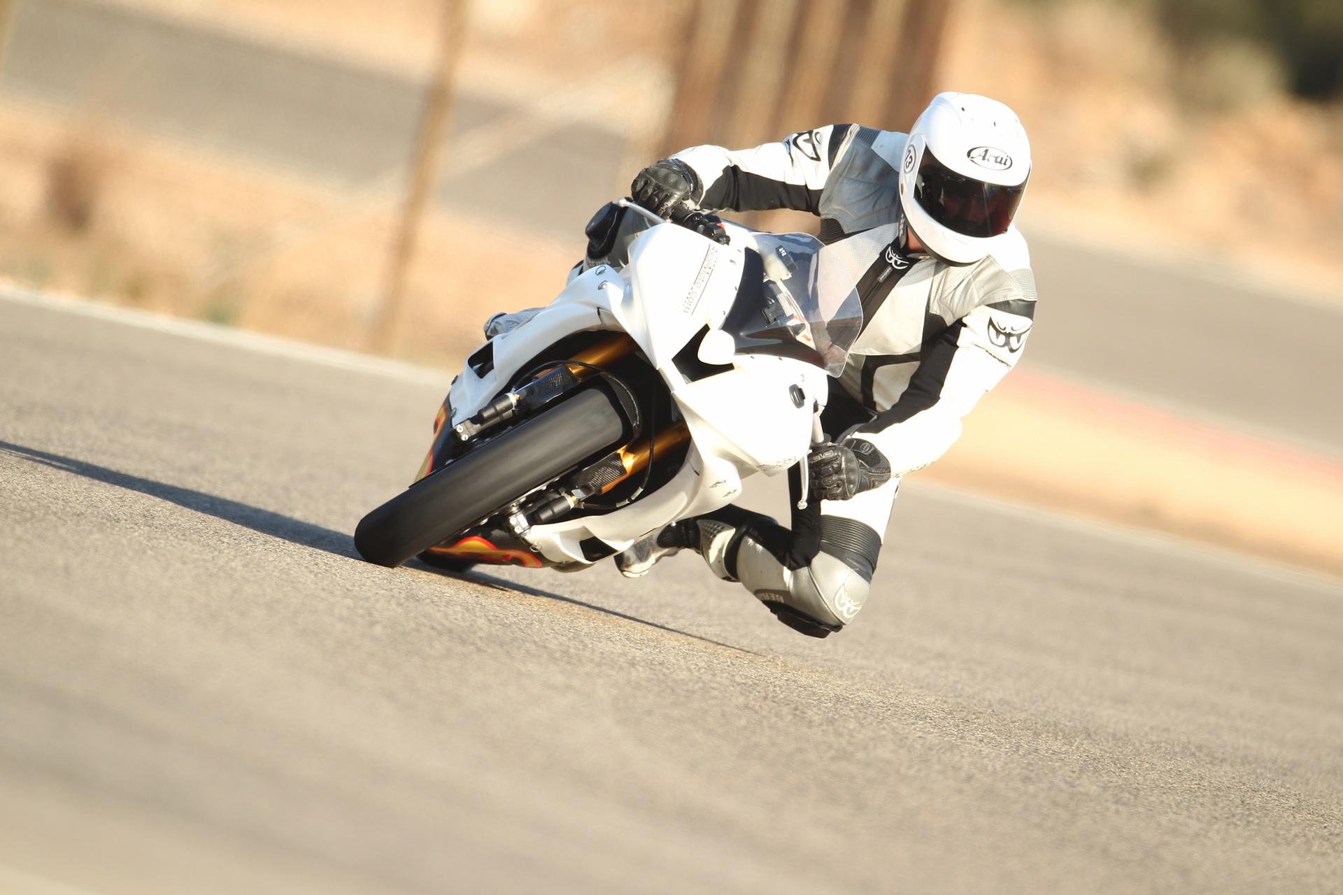 calafat_2012_racemoto_copyright_pixelrace_09