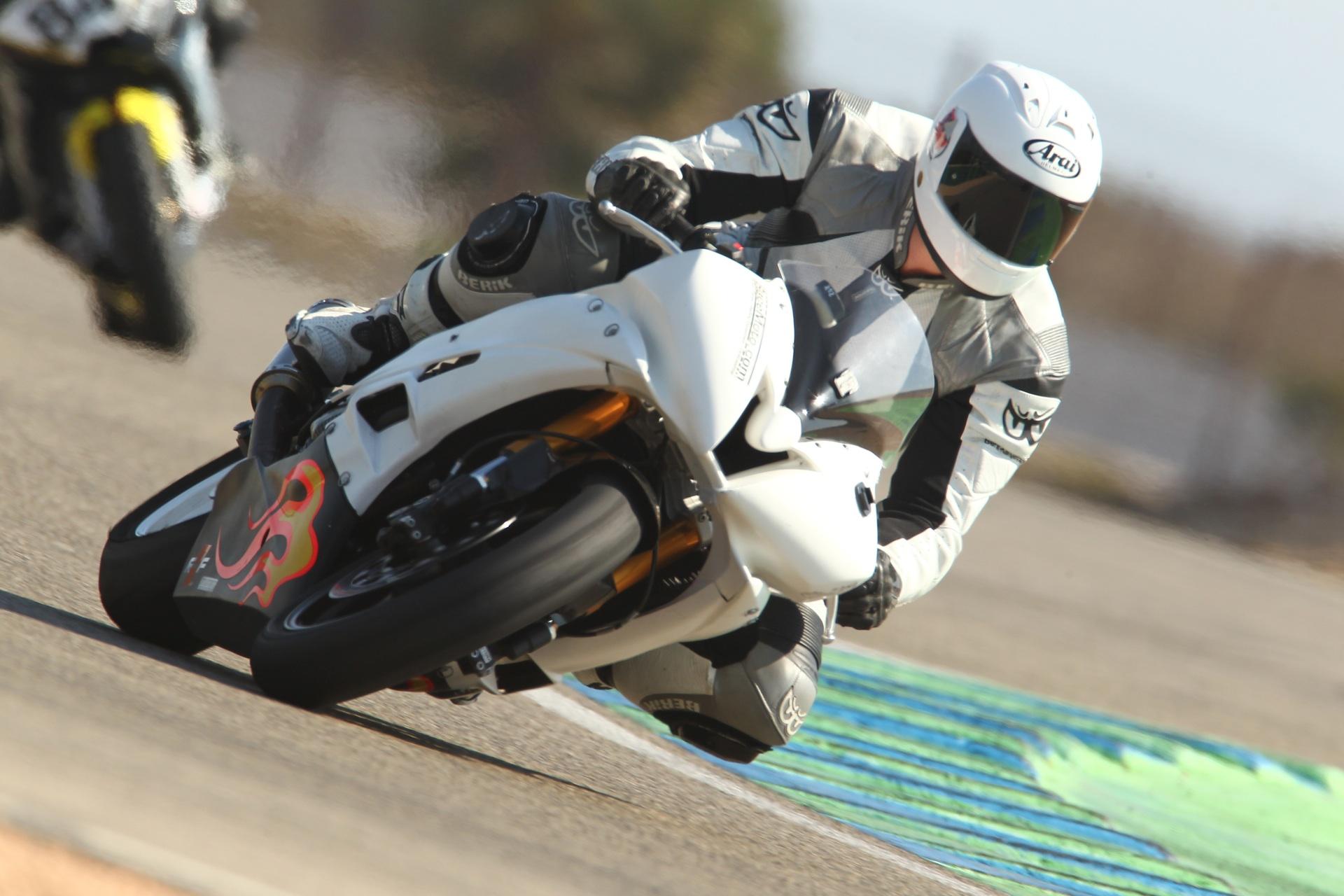 calafat_2012_racemoto_copyright_pixelrace_10