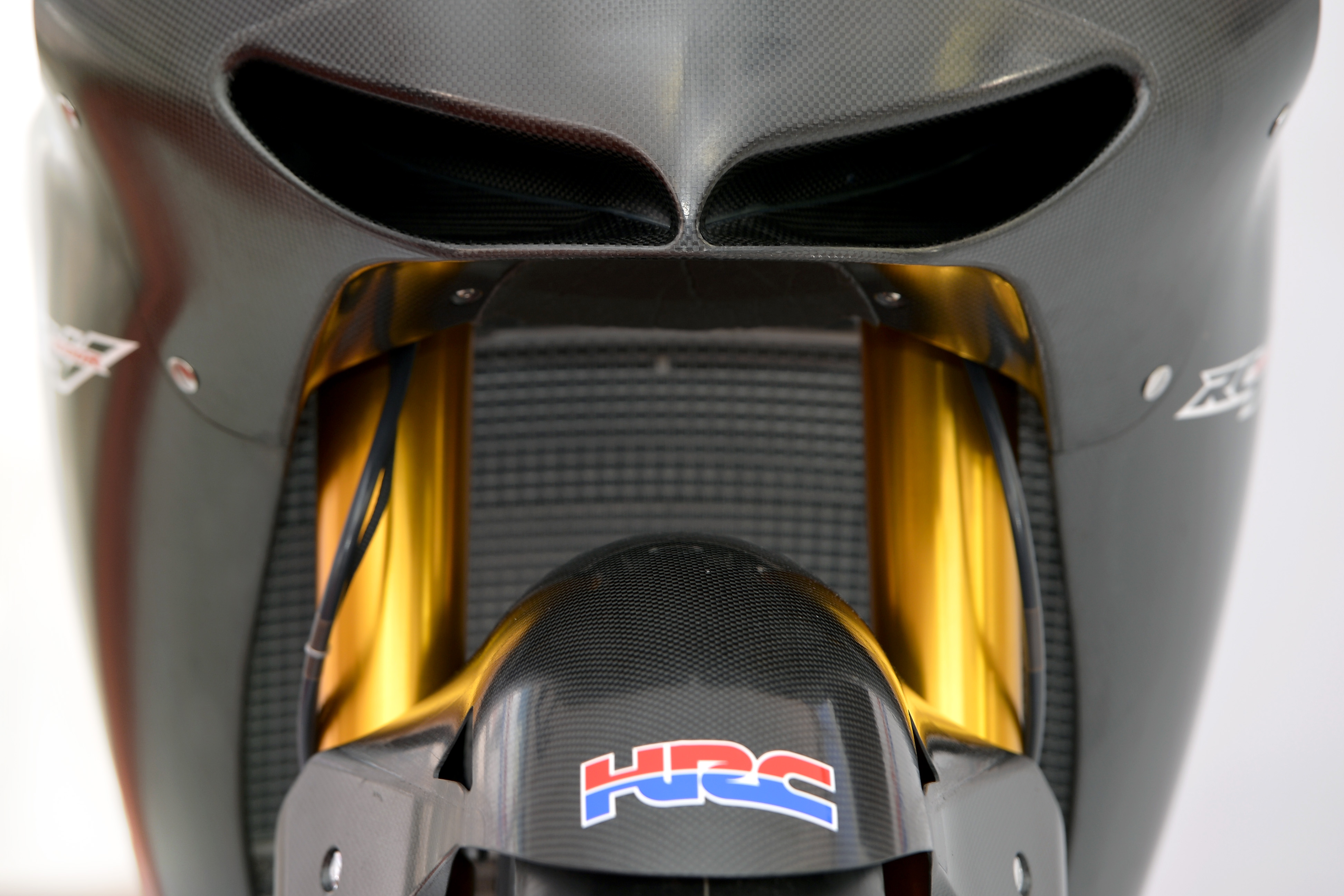 honda_rcv1000r_motogp_production_racer_www_racemoto_com_005
