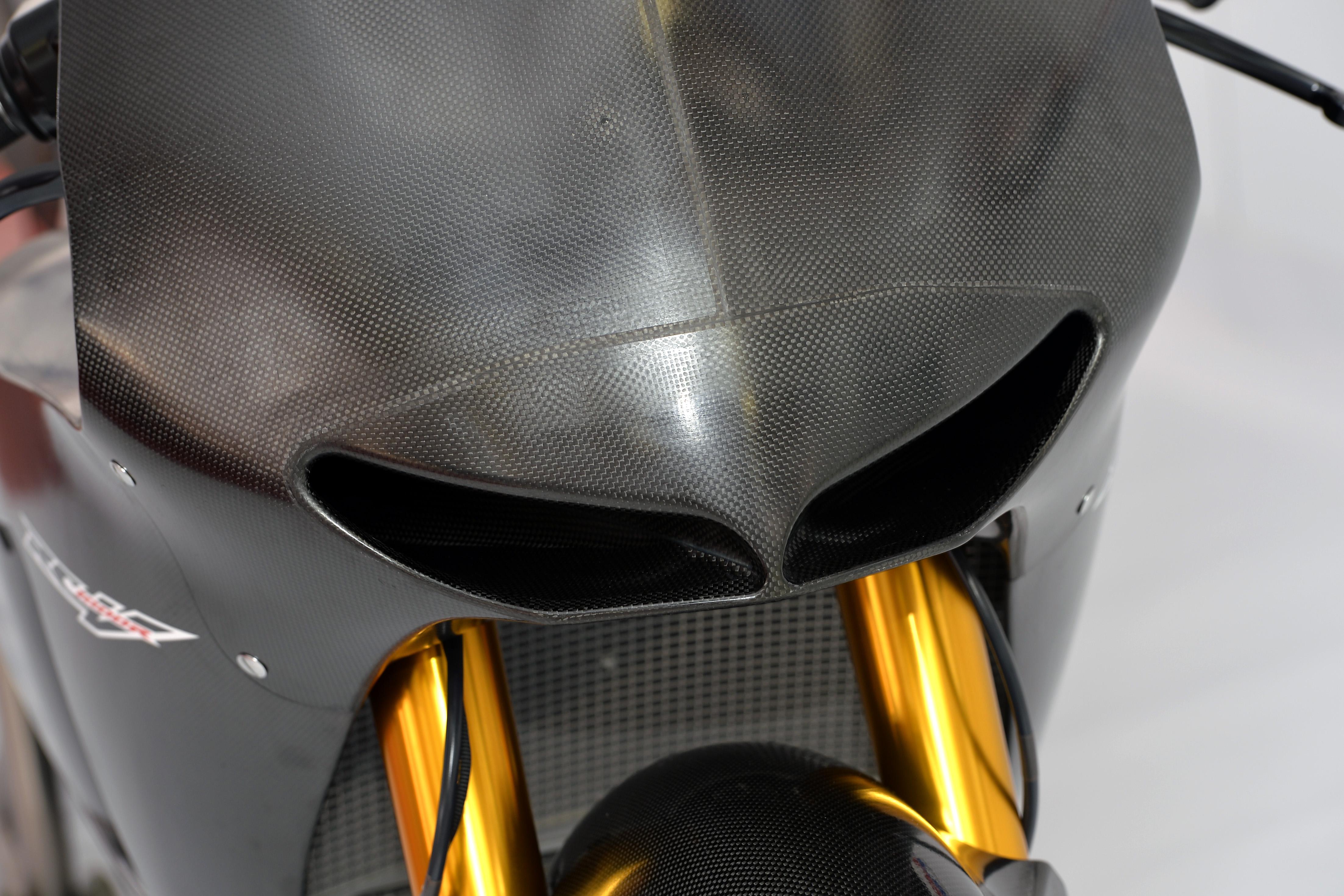 honda_rcv1000r_motogp_production_racer_www_racemoto_com_017